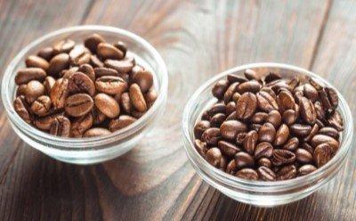 Arabica czy Robusta – jaka kawa ziarnista jest najlepsza?